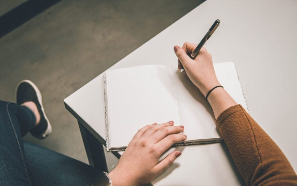 Essay writing service for college students